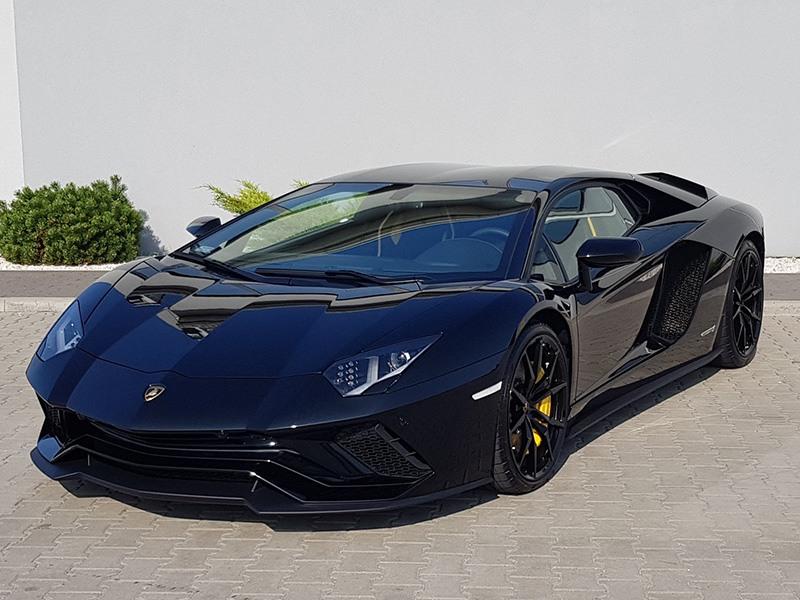 Lamborghini Aventador S - Wynajem samochodów luksusowych Warszawa