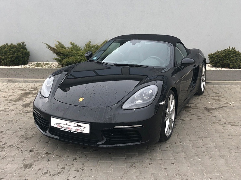 https://globalelitecar.pl/wp-content/uploads/2019/01/porsche-718-czarne-01.jpg