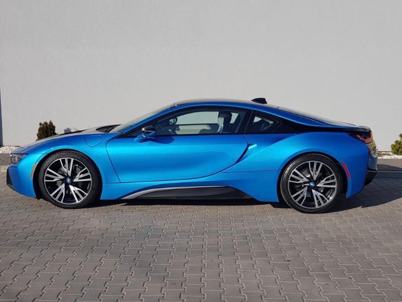 BMW i8- 2