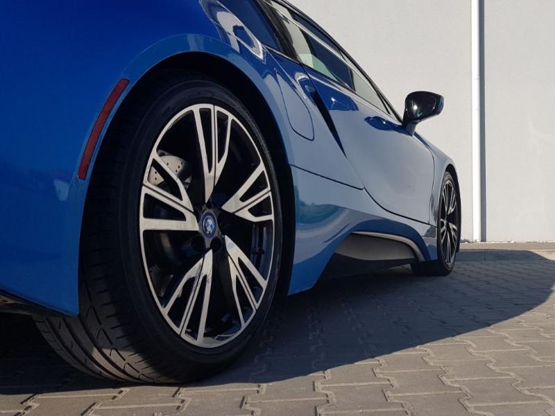 BMW i8- 3