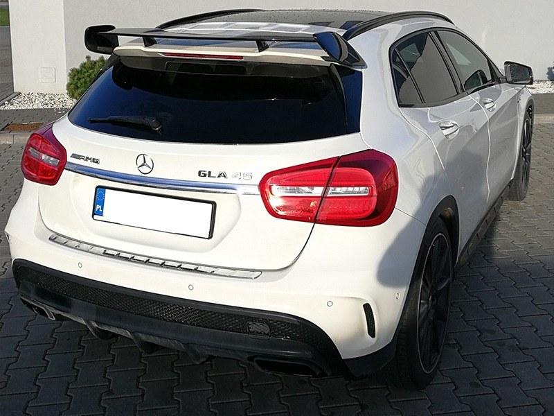 Mercedes GLA 45 AMG-1