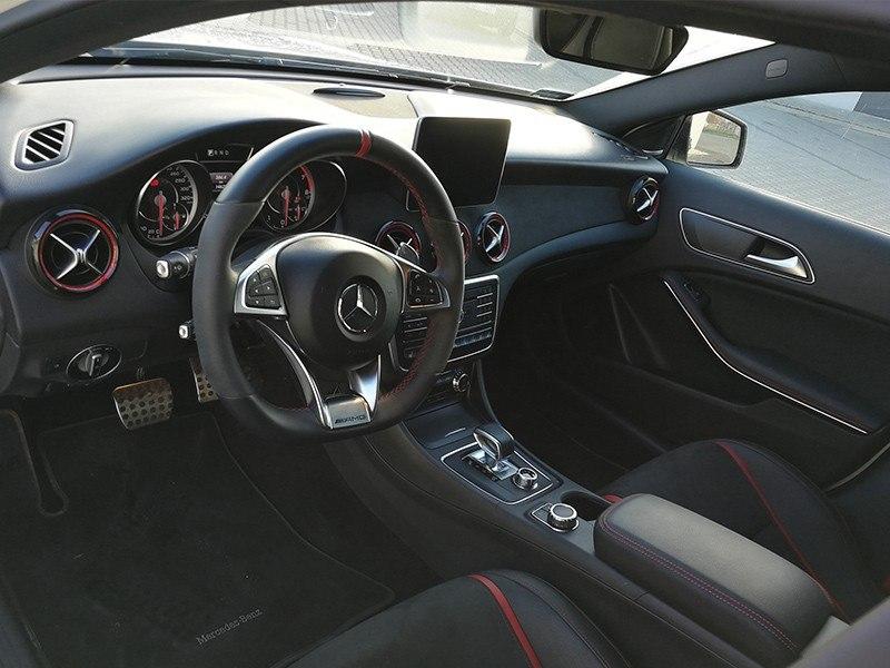 Mercedes GLA 45 AMG-3