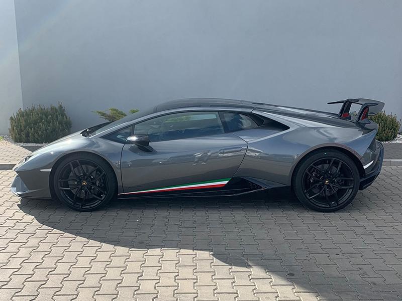 Lamborghini Huracan- 2