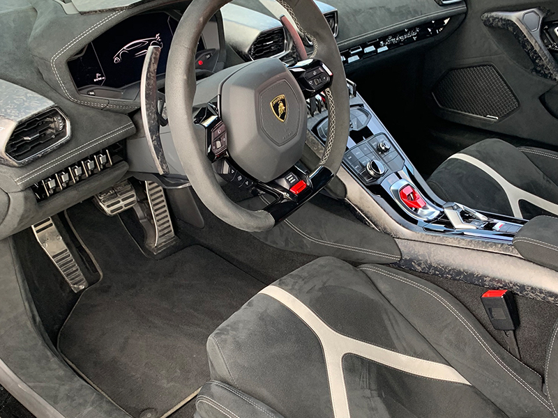Lamborghini Huracan- 5