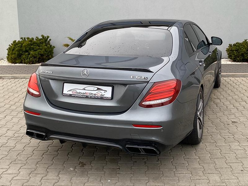 Mercedes E63S AMG-1