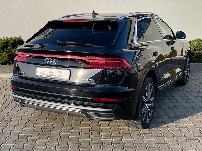 Audi Q8-1