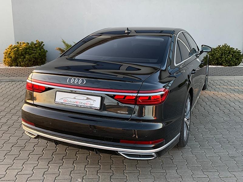 Audi A8-1