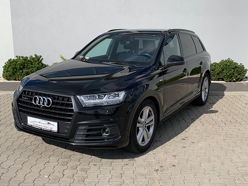 Audi Q7 II S-LINE