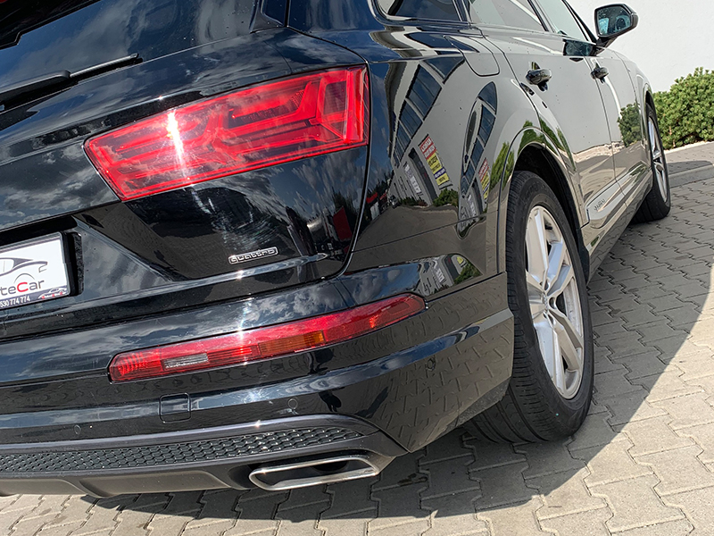 Audi Q7 II S-LINE-4