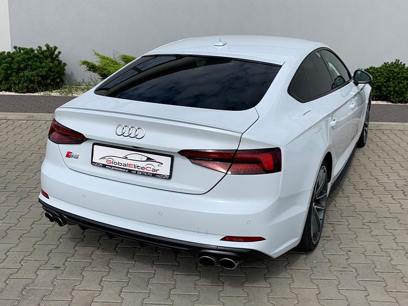 Audi S5- 1