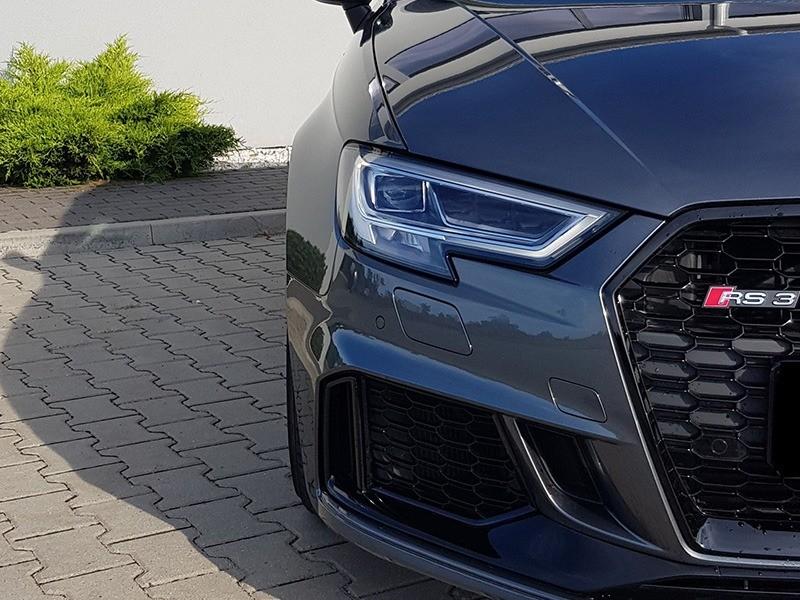 Audi RS3-3