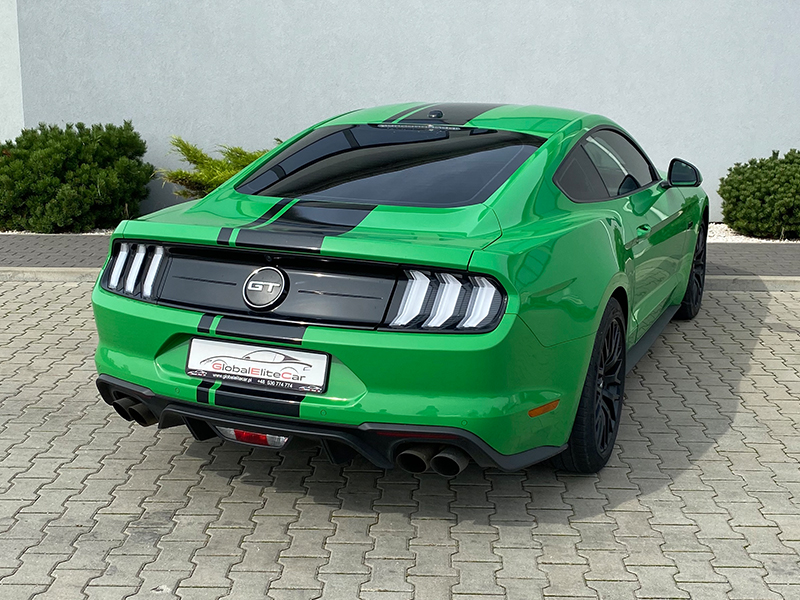 Ford Mustang GT- 1