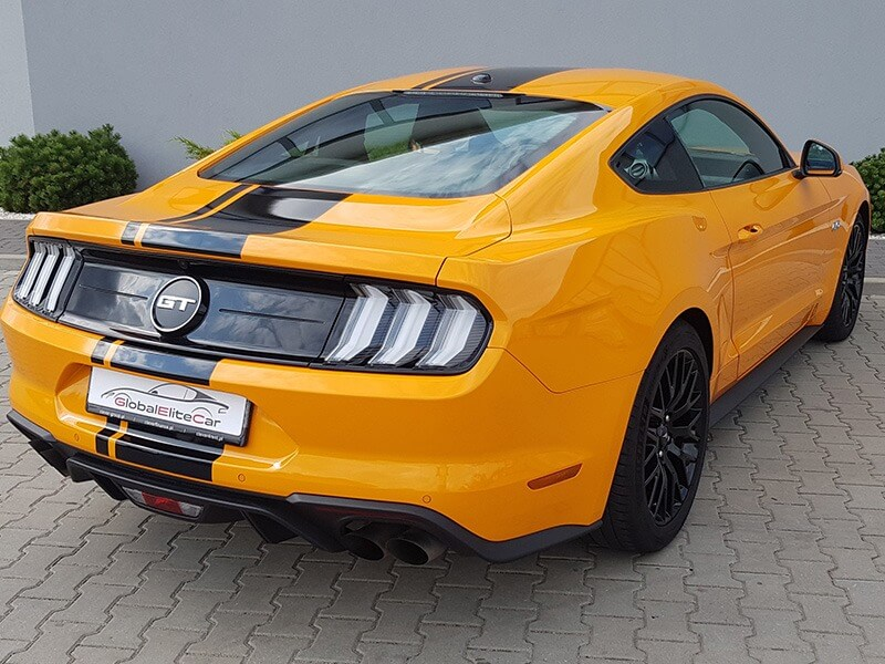 Ford Mustang GT-1