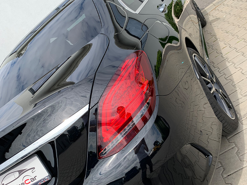 Mercedes C220D PAKIET AMG-4