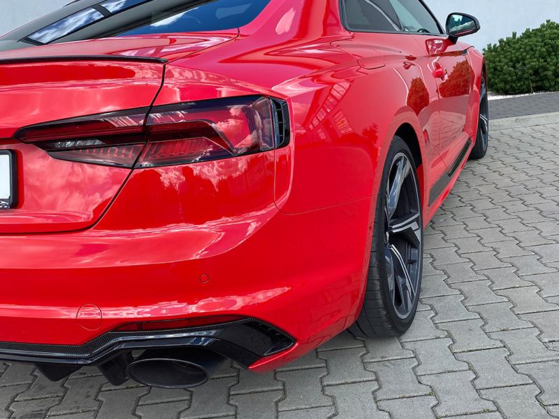 Audi RS5-4