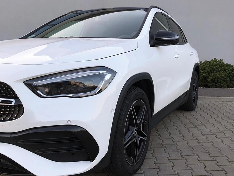 Mercedes GLA 200-3