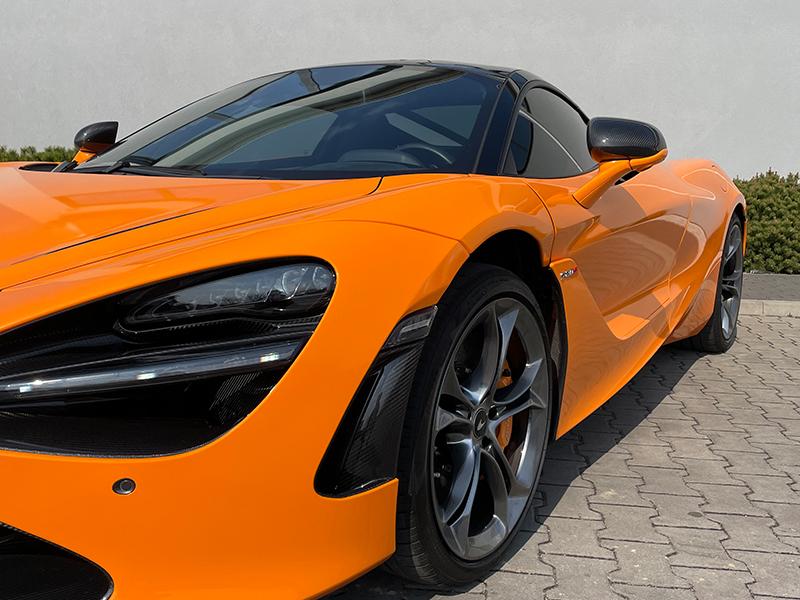 McLaren 720 s- 5