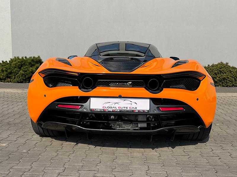 McLaren 720 s- 4