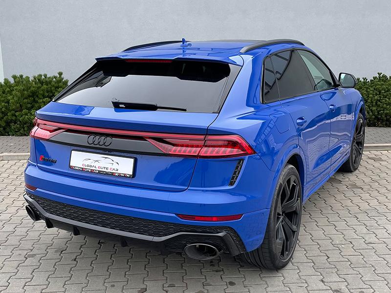 Audi RSQ8- 1